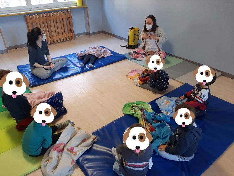 saluto yoga al nido